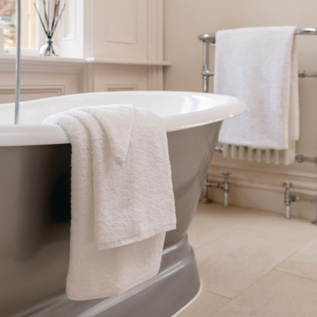 Luxury Henley Bath Towel (600g)